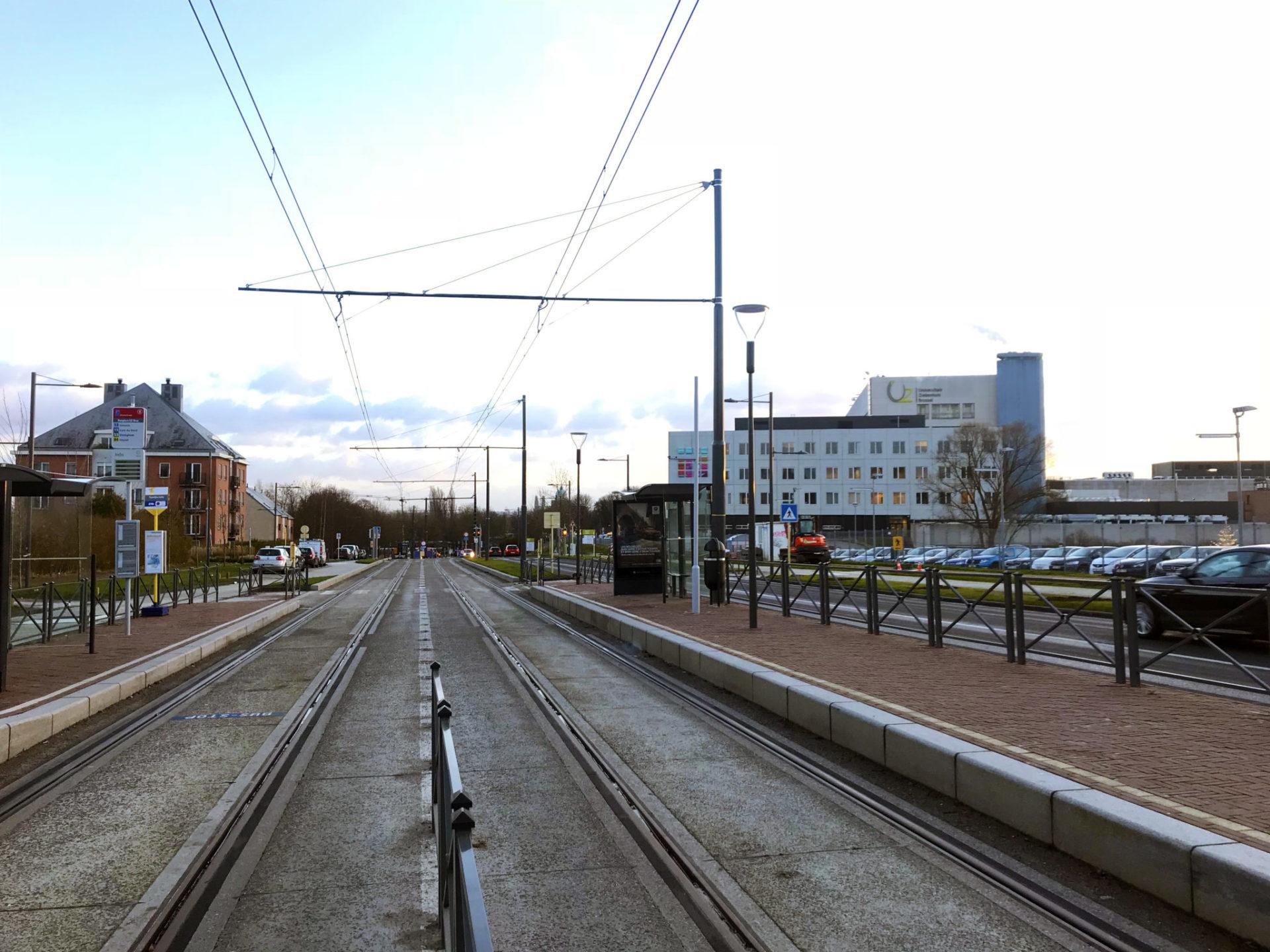 tram9 10