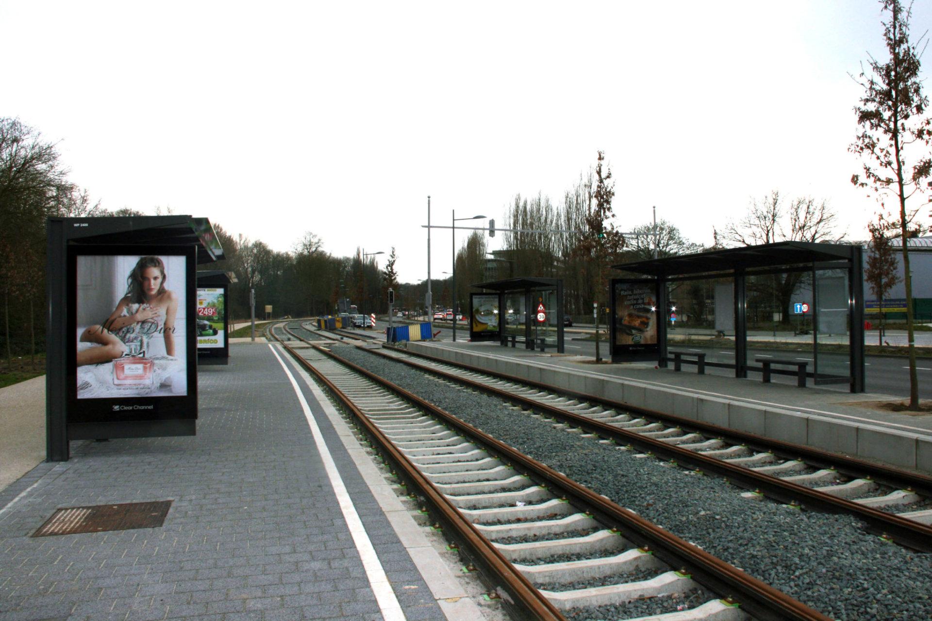 tram 94 29