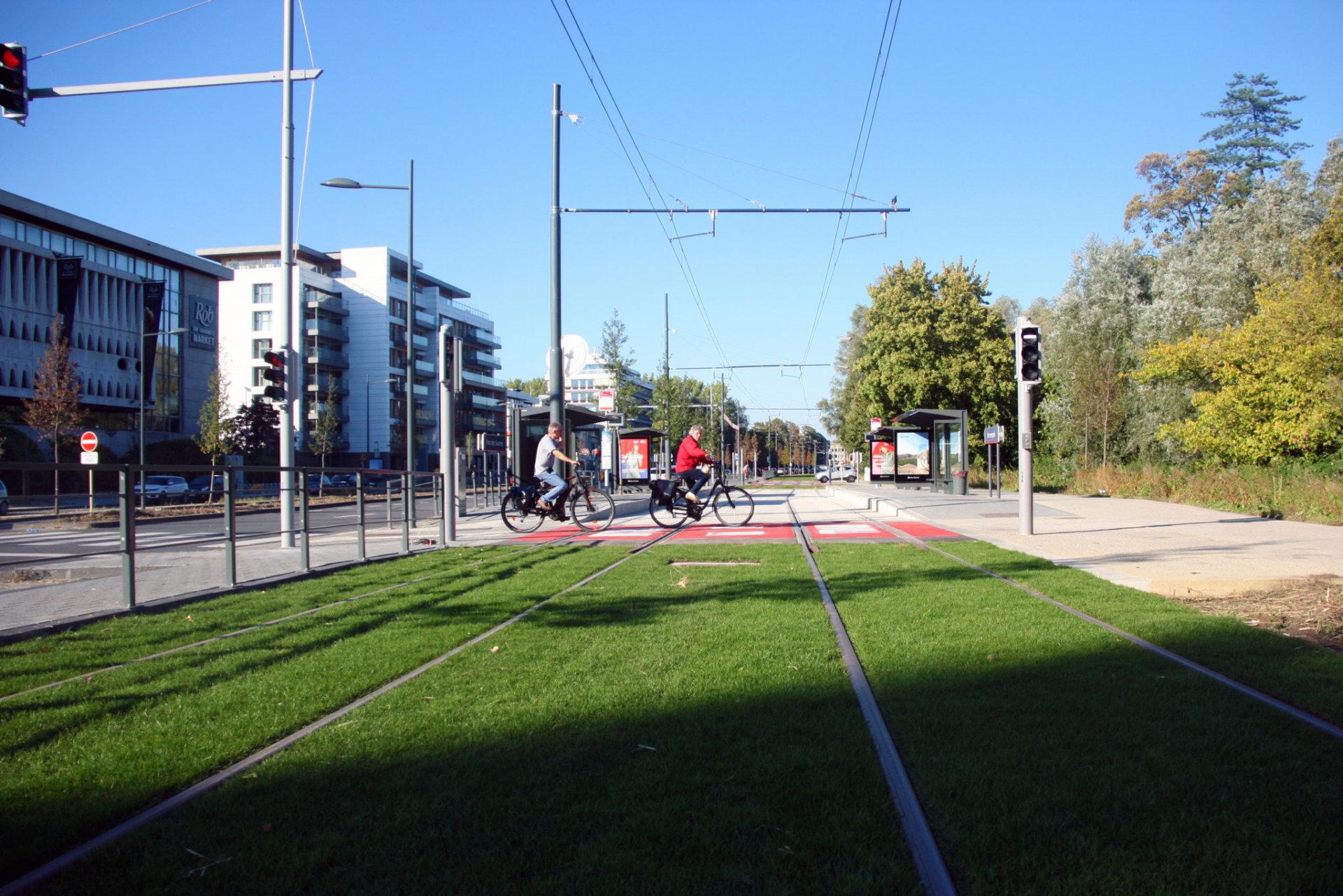 Tram 8 (5)