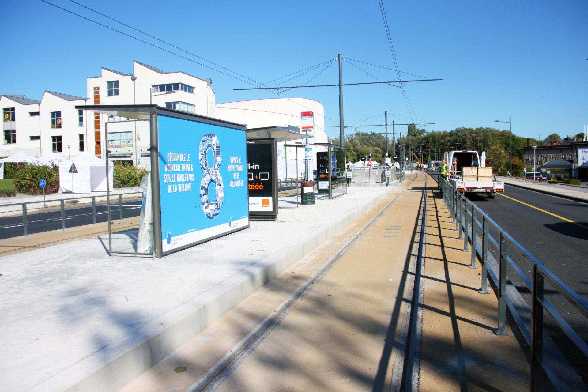 Tram 8 (7)
