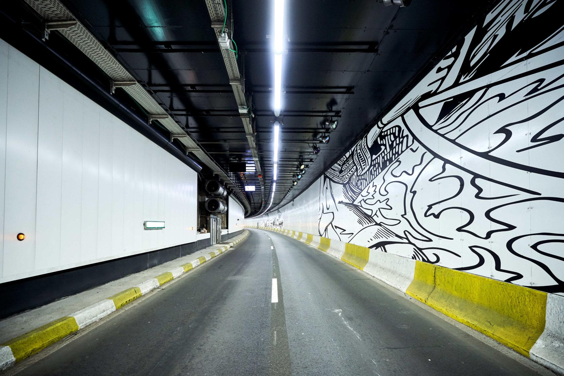 Tunnel porte de Hal 3