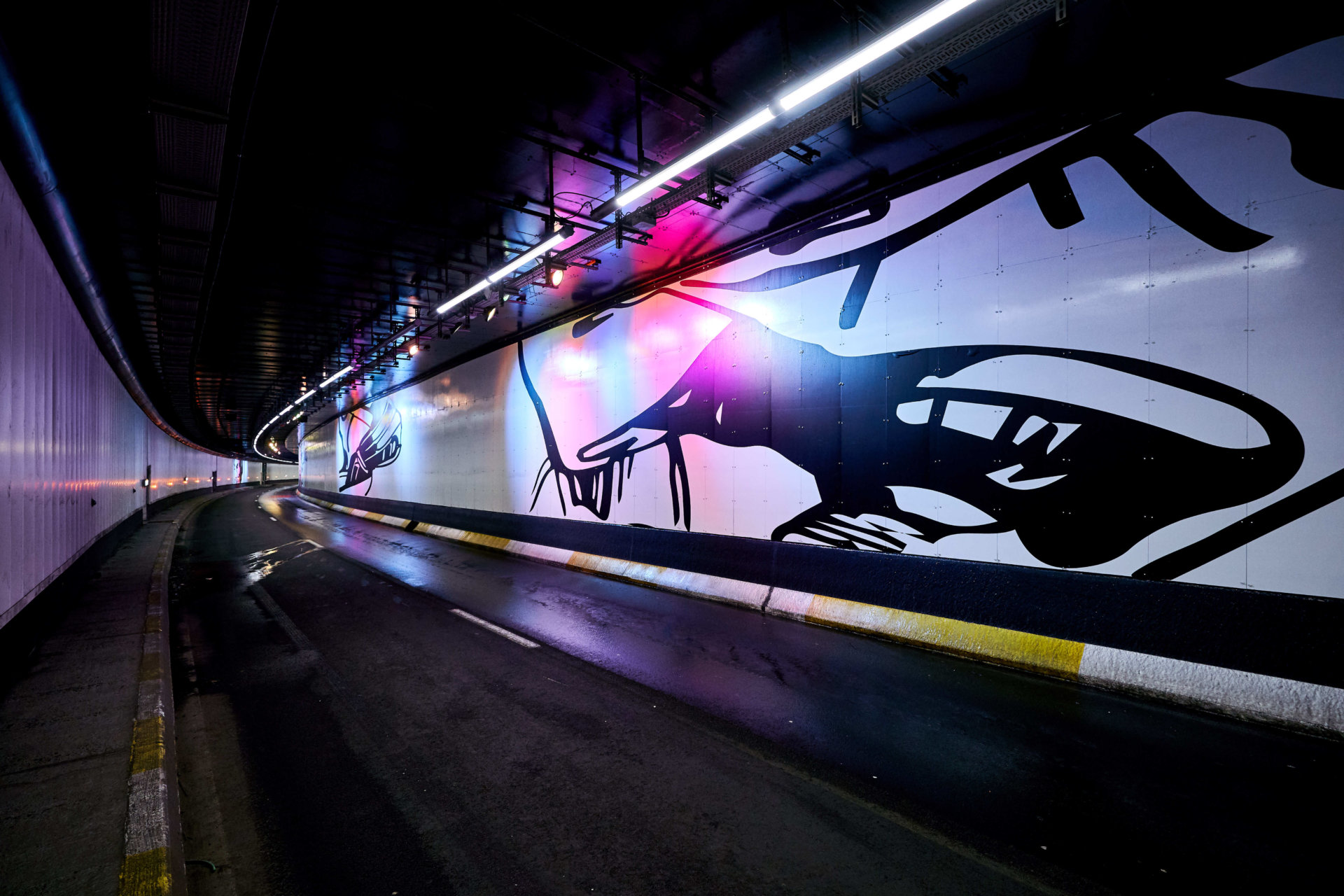 Tunnel porte de Hal 8