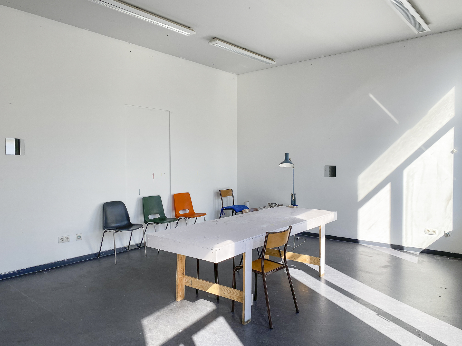 Gallait 80 atelier 2 straatkant (c) Miles Fischler